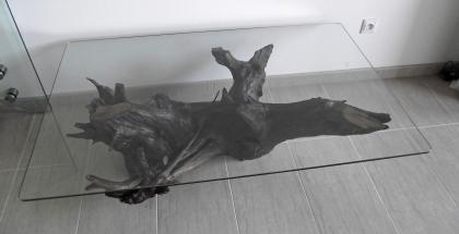 Nábytok zo skla a dreva - stôl štvorhran