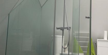 Sklenené sprchové kúty
